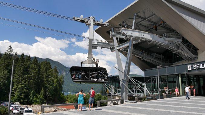 Eibsee-Seilbahn der Bayerischen Zugspitzbahn in Garmisch - © Christian Schön