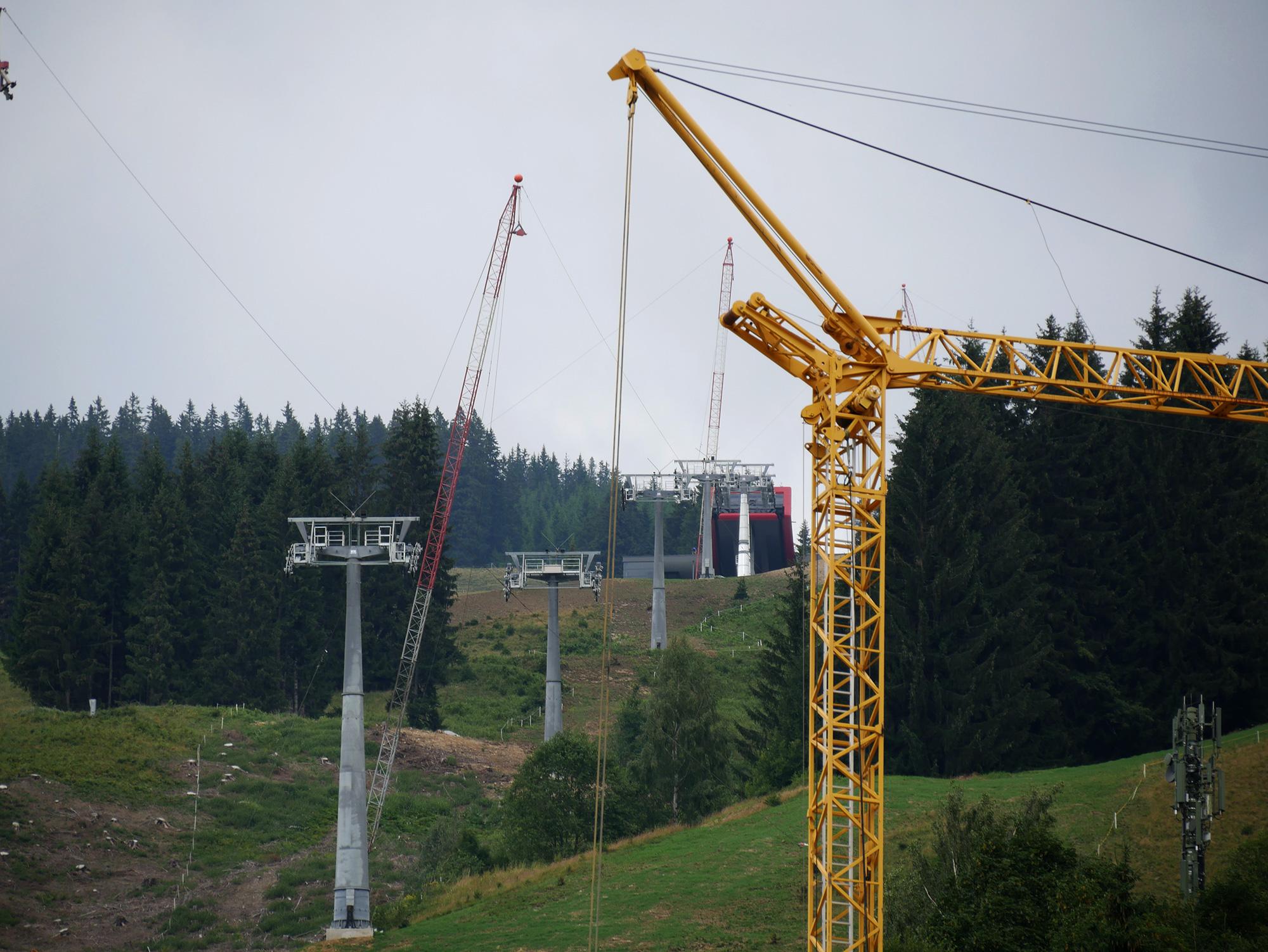 Baustelle der Kohlmaisgipfelbahn in Saalbach © Christian Schön