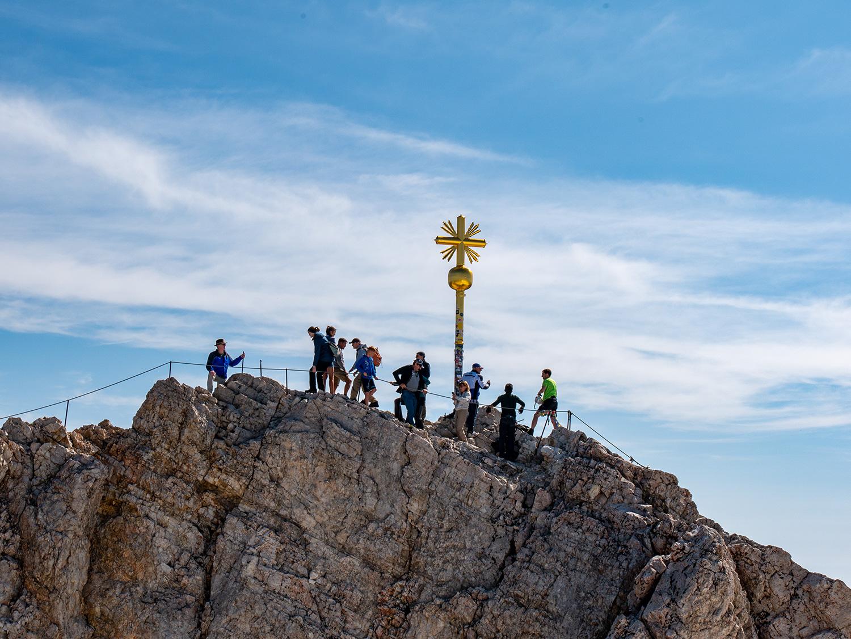 Gipfelkreuz auf der Zugspitze – Erstbesteigung am 27. August 1820.