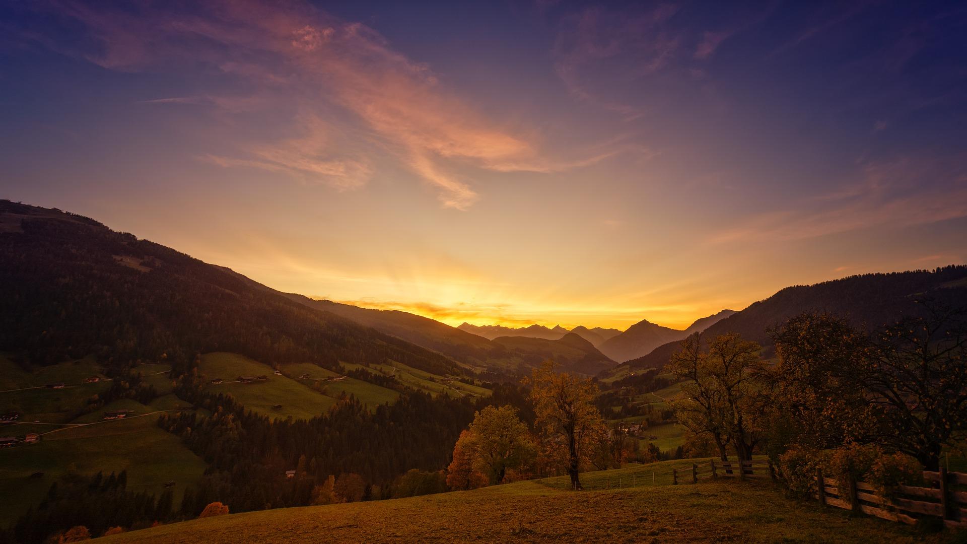 sunset-3437560_1920