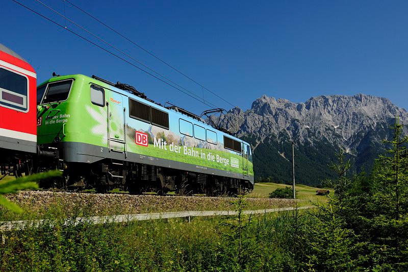 Mit der Bahn in die Berge. Bild: DAV / DB Regio