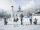 Mal ehrlich: Wie oft war man schon Eisstockschießen? Gar nicht? Dann probier es aus! // Foto: Foto: Olympiaregion Seefeld