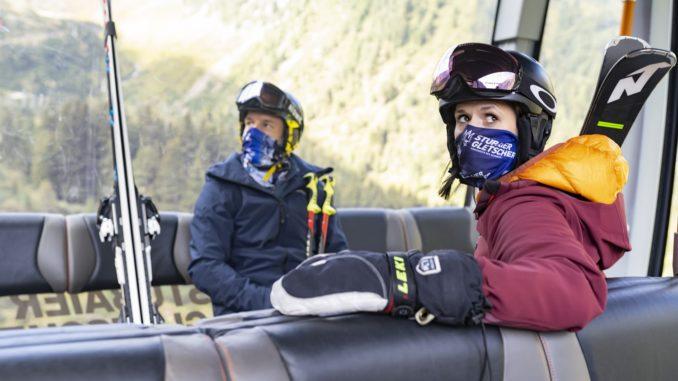 Gondeln und Seilbahnstationen werden mehrmals täglich mittels Kaltvernebelung desinfiziert. // Foto: TVB Stubai Tirol, Gerhard Berger