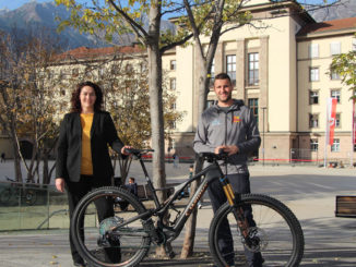 LHStvin Ingrid Felipe und Projektinitiator Hans-Peter Gratt (Inn-Bike) starten gemeinsam mit ÖBB, VVT, Tirol Werbung und Communalp ein neues Bike-Verleih Projekt in Tirol. // © Land Tirol/Rosner